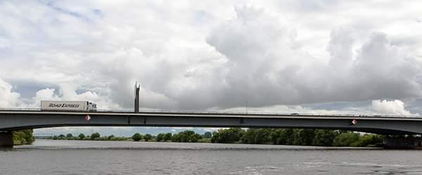 Autobahnbrücke der A1 auf der Höhe Arsten-Dreye