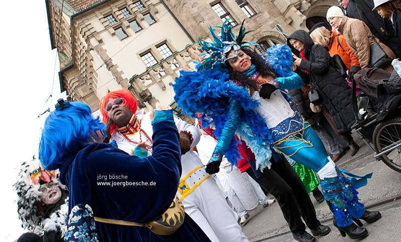 27. Bremer Samba- und Maskenkarneval - Motto: Metamorphose (11.02.2012)