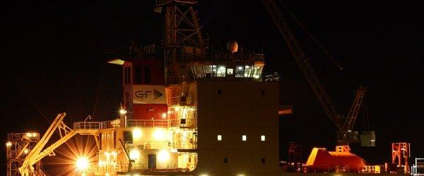 Container-Hafen und Autohof  Bremerhaven 27-07-07