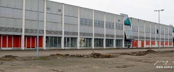 Abrissarbeiten EKT Einkaufszentrum Sebaldsbrück