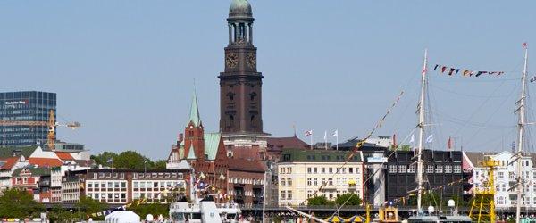 Landungsbrücken beim 822. Hafenfest