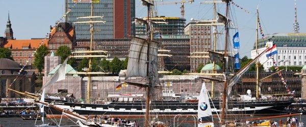 Segelschiff in Hamburg