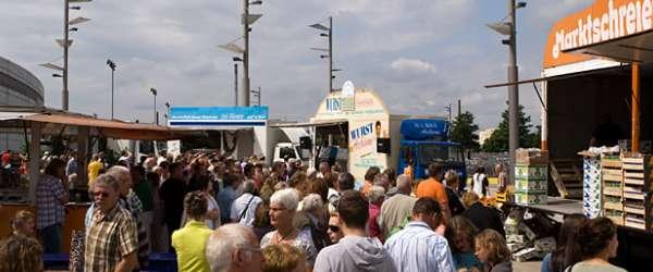 Marktschreier-Wettbewerb an der Waterfront Bremen