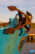 Rostiger Anker eines Fischerbootes im Hafen von Wremen bei Bremerhaven