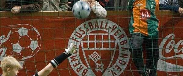 19. Hallen-Fussball-Turnier in der Halle 1 (AWD Dome)