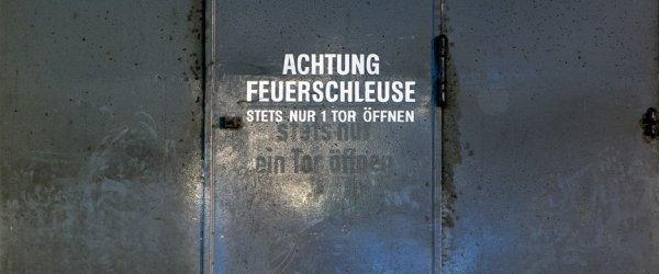 Feuerschleuse im U-Boot Bunker Valentin