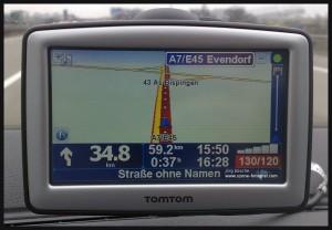 TomTom Strasse ohne Namen auf der Autobahn