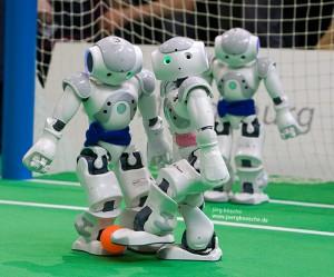 RoboCup German Open 2010 - Team B-Human gegen Nao Team Humboldt