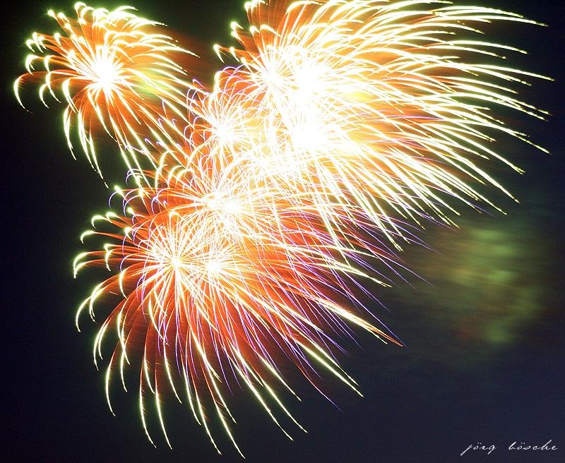 Silvesterfeuerwerk am Nachthimmel